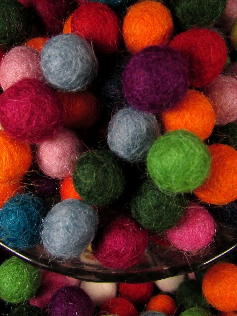 Choose color 1.5 cm wool felt ball 5000 pc - F162