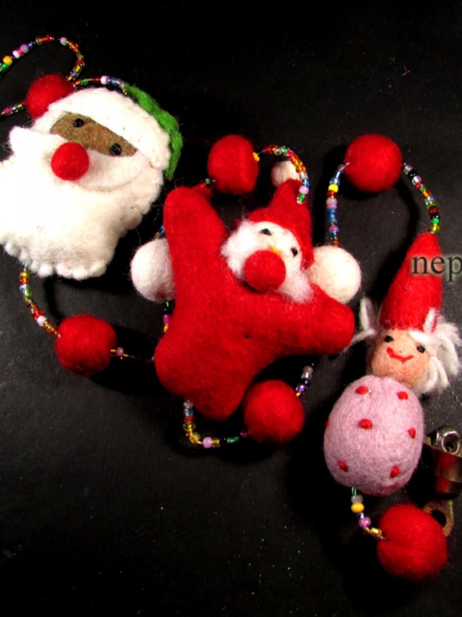Felt Ball chirstmas santa wall door hanger - F58